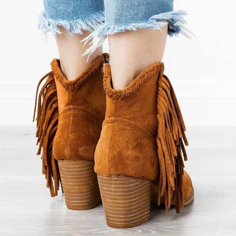 Oeak Bohemian Boho topuk çizme etnik kadınlar püskül saçak Faux süet deri yarım çizmeler kadın kız düz ayakkabı patik