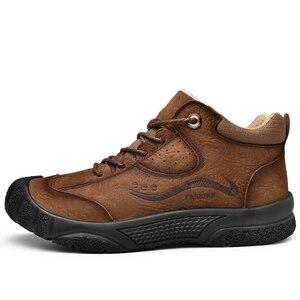 Image 2 - プラスサイズ天然皮革男性ブーツ手作り暖かい豪華な毛皮の男性の冬の靴品質足首の雪のブーツアウトドアシューズ男性