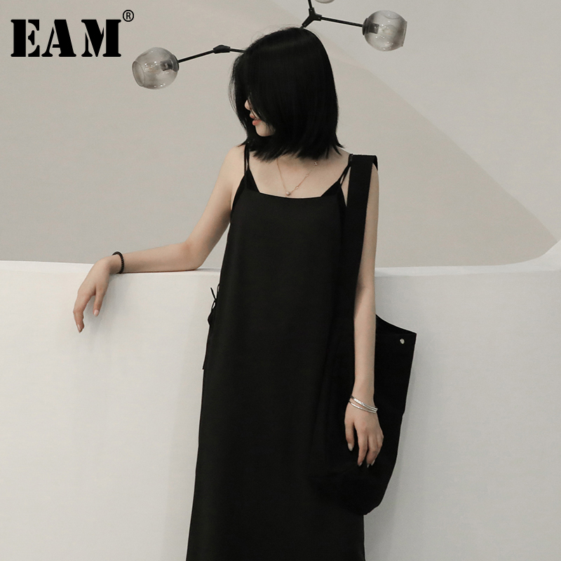 [EAM] Women Black Brief Temperament Spaghetti Strap Dress New Round Neck Sleeveless Loose Fit Fashion Spring Autumn 2020 1N604