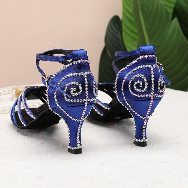 4 couleurs noir rouge bleu couleur nue chaussures de danse latine Salsa danse salle de bal Tango chaussures pas cher en Stock