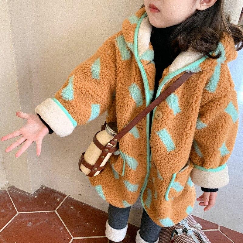 Корейский стиль, шерстяные теплые куртки с капюшоном и принтом для детей 2020, зимние свободные длинные пальто для мальчиков и девочек-2