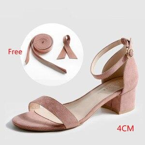 Image 5 - Sandales dété 2020 à talons hauts carrés solides, Faux daim, boucle cheville, sandales de mariage pour femmes, 6.5/4CM