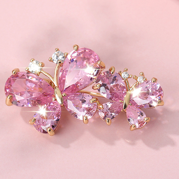 цена на Pink Rhinestone brooches for women butterfly brooch wedding fashion jewelry gift Women gold Zinc crystal butterfly insect pins