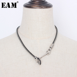 [EAM] Women Metal Color Zipper Shaped Design Cool Necklace New Temperament Fashion Tide All-match Spring Autumn 2021 1S271
