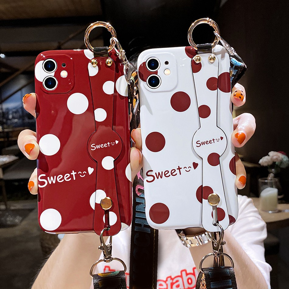 Wrist Strap Case for iPhone 7 8 6 6S Plus SE 2 2020 Case Silicone Cute Cartoon Holder Cover for iPhone X Xs 11 Pro Max XR Coque