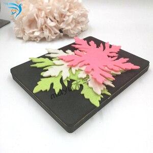 Image 3 - Cắt Cỏ Chết Thêu Sò Handmade