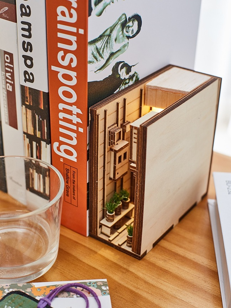 Modern Creative Bookshelf Model Of Street Alley With Three-dimensional Assembling Crafts Home Decoration