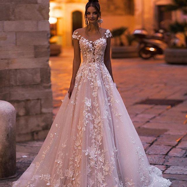 vivians bridal 2019 ins hot floral print wedding dress elegant double v neck sweep train boho crystal yarn luxury bridal dress