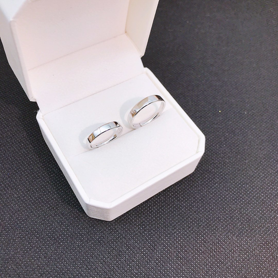 Купить с кэшбэком S925 Sterling Silver 925 Original Luxury Open Ended Rings Resizable Bright Charm Couple Rings Simple Smooth Surface Fine Jewelry