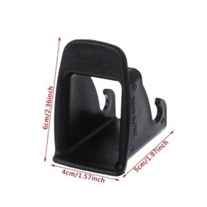 Image 5 - 2 stuks Auto Baby Seat Belt Cover Interieur Accessoires voor Meisjes ISOFIX Klink Riem Connector Gids Groove Auto Fastener Clip