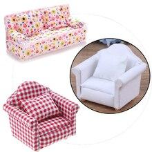 Sofá para casa de muñecas con diseño de flores a cuadros y lunares, bonito mueble para muñecas, sillón de juguete para regalo, 1:12