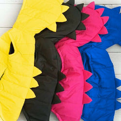 Новинка 2020 года; Брендовая жилетка с динозавром для маленьких девочек и мальчиков пуховая куртка на молнии с капюшоном зимняя теплая верхня...