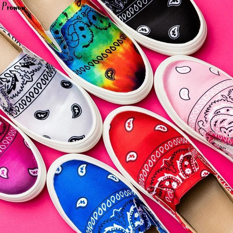 Женские текстильные лоферы на плоской платформе со змеиным принтом и Colorf женская обувь без шнуровки; Женская обувь в стиле «граффити» Повсе...