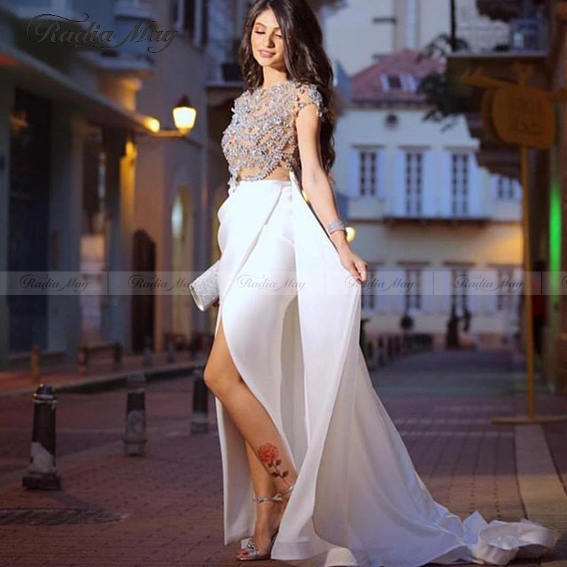 Arabic Rhinestone White Long Evening Formal Dresses 2020 Dubai Kaftans Beaded Prom Dress With Slit Detachable Train Party Gowns