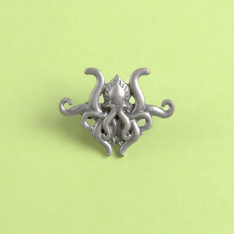 Octopus tentacles Fiction game metal pin H.P. Lovecraft Cthulhu badge brooch Lapel pin Shirt backpack hat jewelry gift for fans 5