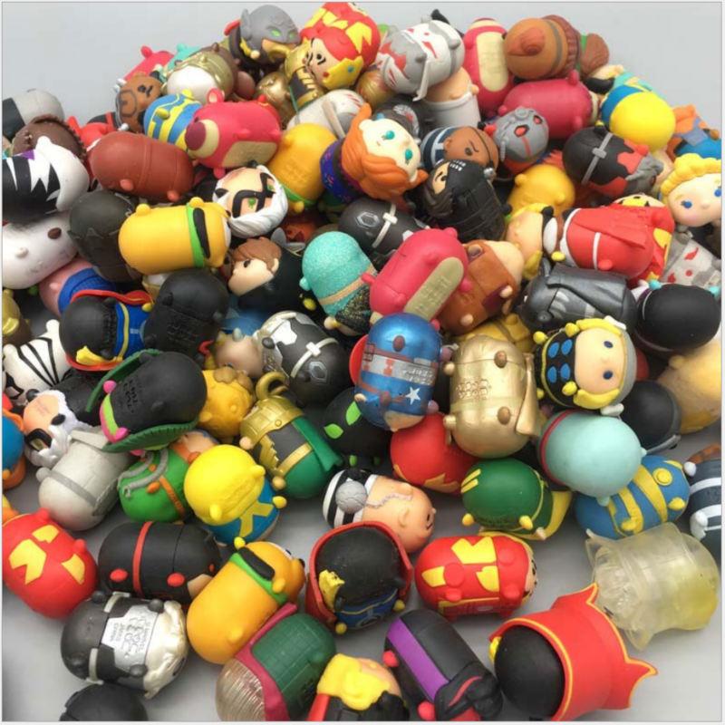 2019 Hot Toy Random Children New Cute Figure Cute Vinyl Dolls Action Figures Snowman PVC Toys For Children Kids Desk Home Decor