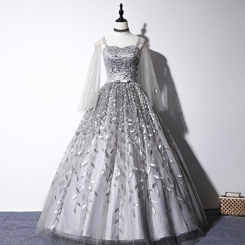 Quinceanera Dress Classic Embroidery Party Prom Ball Gown Elrgant Spaghetti Strap Vintage Solo Quinceanera Dresses With A Cape