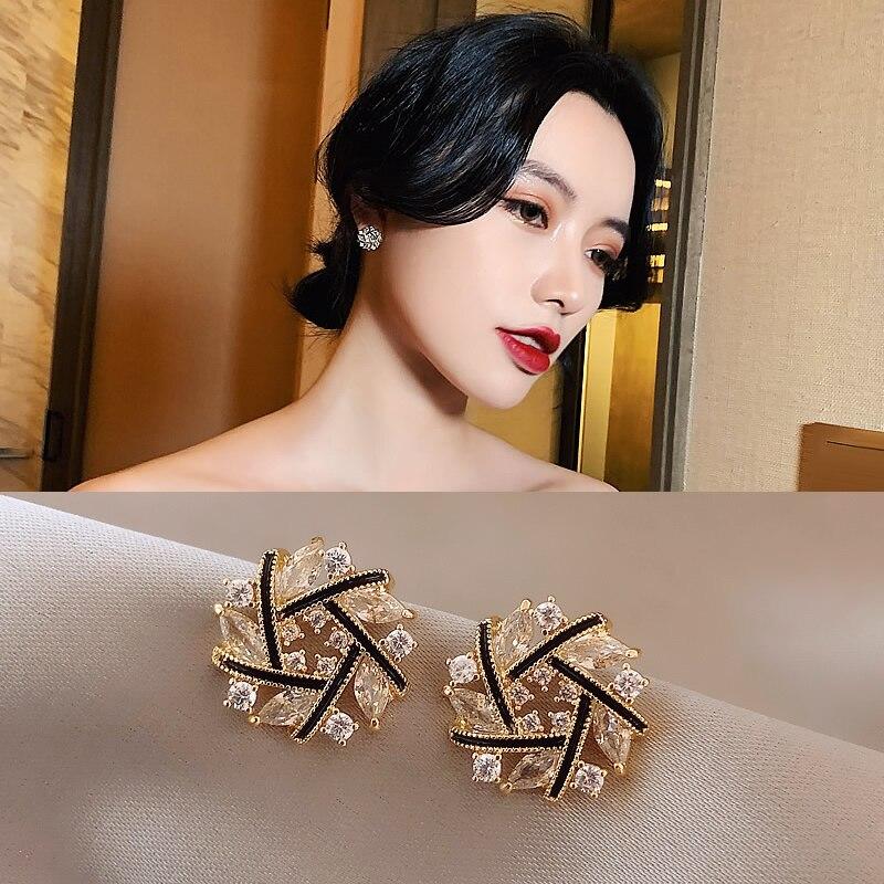 2020 trend earrings Korean temperament net red earrings personality high-end earrings exquisite and elegant fashion earrings