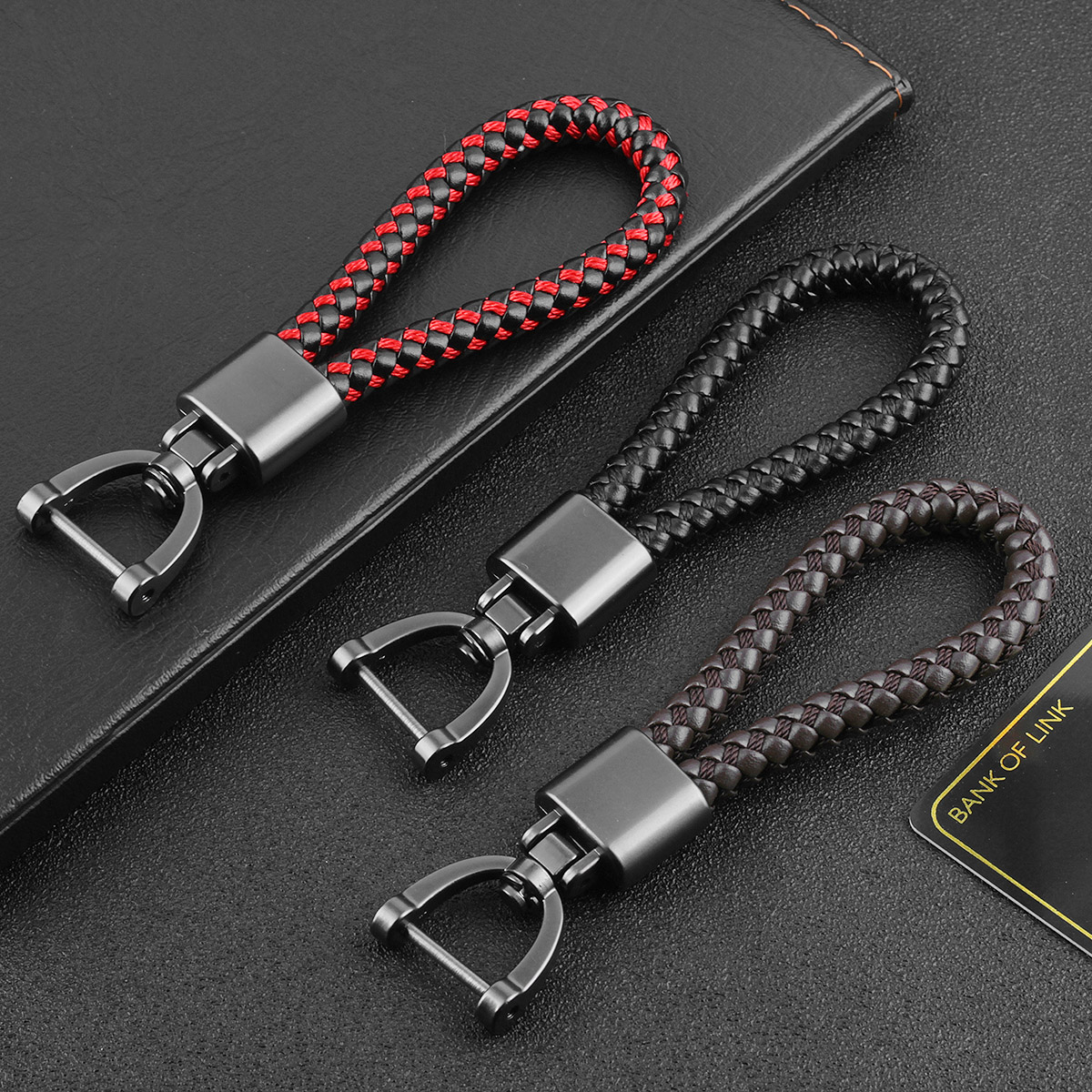 High-Grade Hand Woven Leather Car KeyChain Couples The Man Woman Wallet Chain Bag Charm Christmas Gifts Classic Delicate