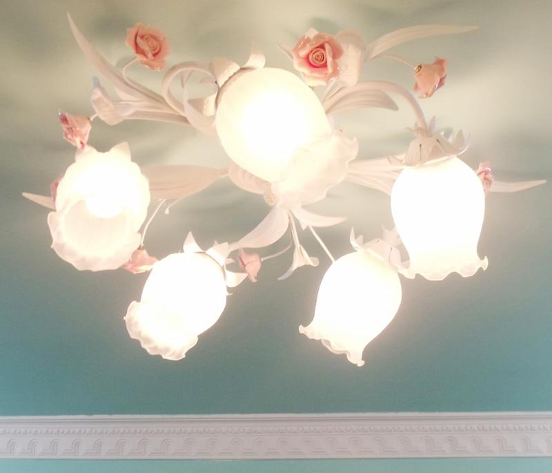 Europe Style  Princess Ceramic Rose Flower Glass Lampshade  Ceiling Light For  Living Room Bedroom