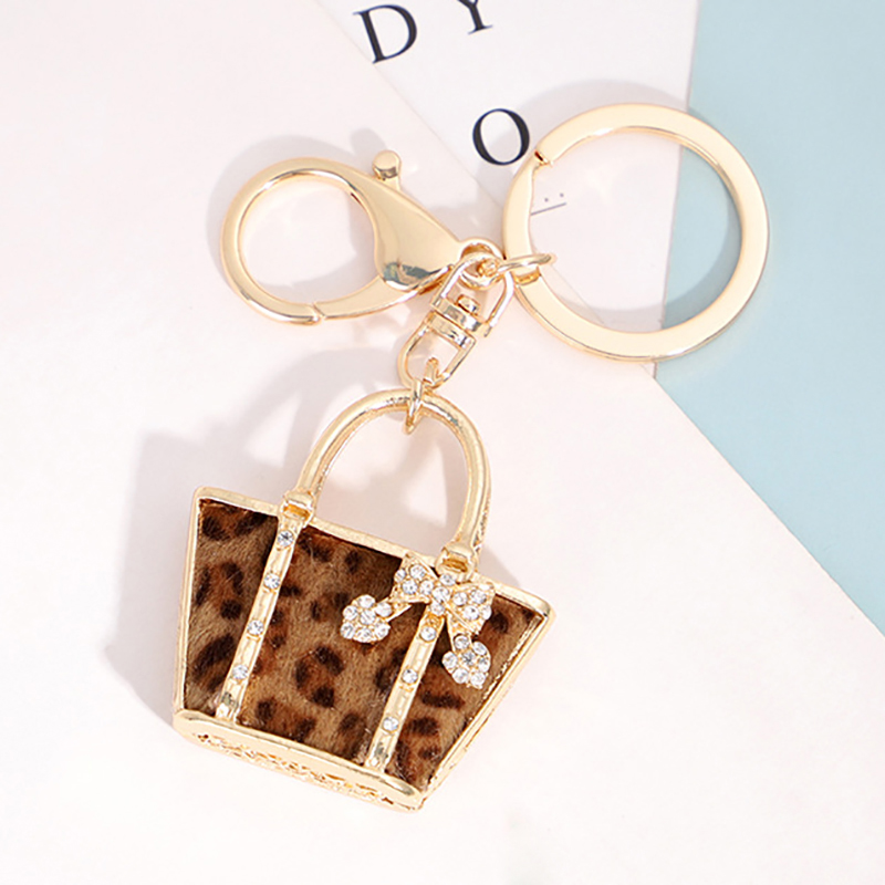 2020 New 3D Purse Car Key Decoration Bling Car Key Chain For Women Bag Pendants Auto Interior Accessories For Girls Gifts Cute