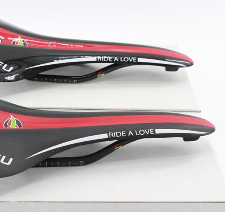 Νέο κόκκινο άσπρο QILEFU Οδική ποδήλατο 3Κ πλήρης επένδυση από ανθρακονήματα σέλας MTB Μπροστινό μαξιλάρι ποδηλάτου ποδηλάτου με κουτί λιανικής