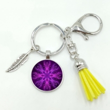 2019 New Hot Retro Purple Kaleidoscope Pattern Series Glass Convex Round Tassel Alloy Keychain Jewelry Commemorative Gift