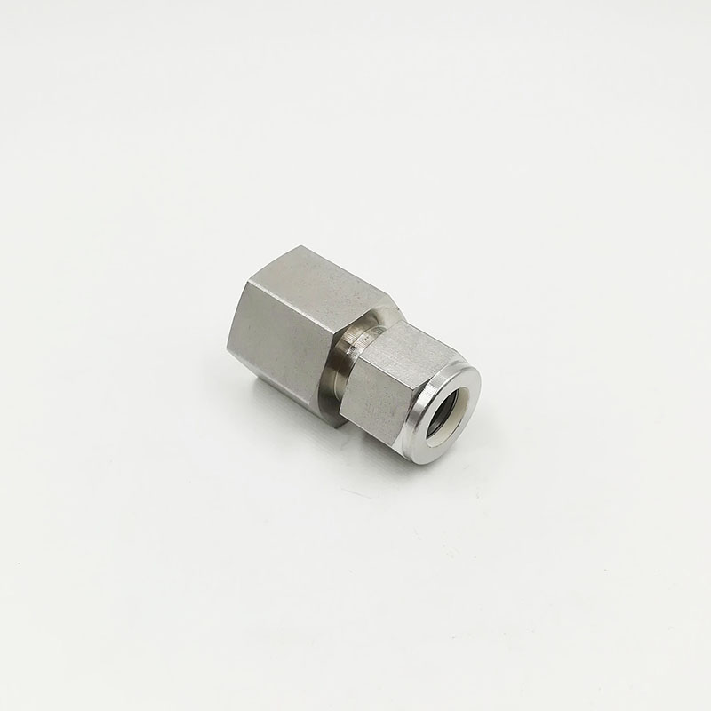 "SS-400-7-2 Swagelok Connector Fitting 3 1//4/"" Tube OD x 1//8"" Female NPT"