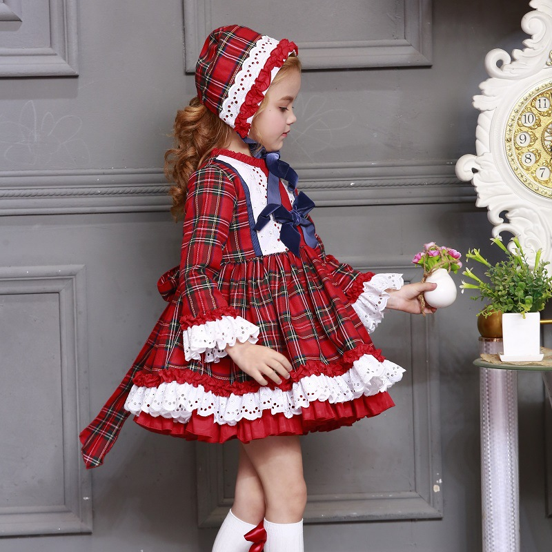 3 pièces/ensemble bébé fille automne hiver Plaid Vintage espagnol pompon boule princesse robe Lolita noël fête robe avec chapeau Shorts