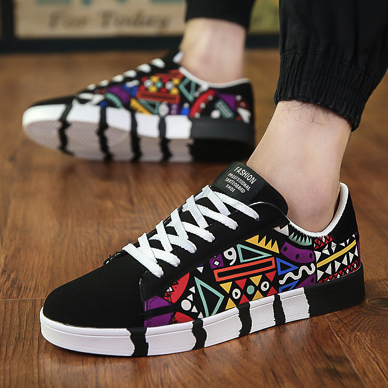 Men's Vulcanize Shoes Lace-up Fashion Printed Canvas Shoes Spring Autumn Flat Black Red Blue Casual Shoes Male Sneakers 2020
