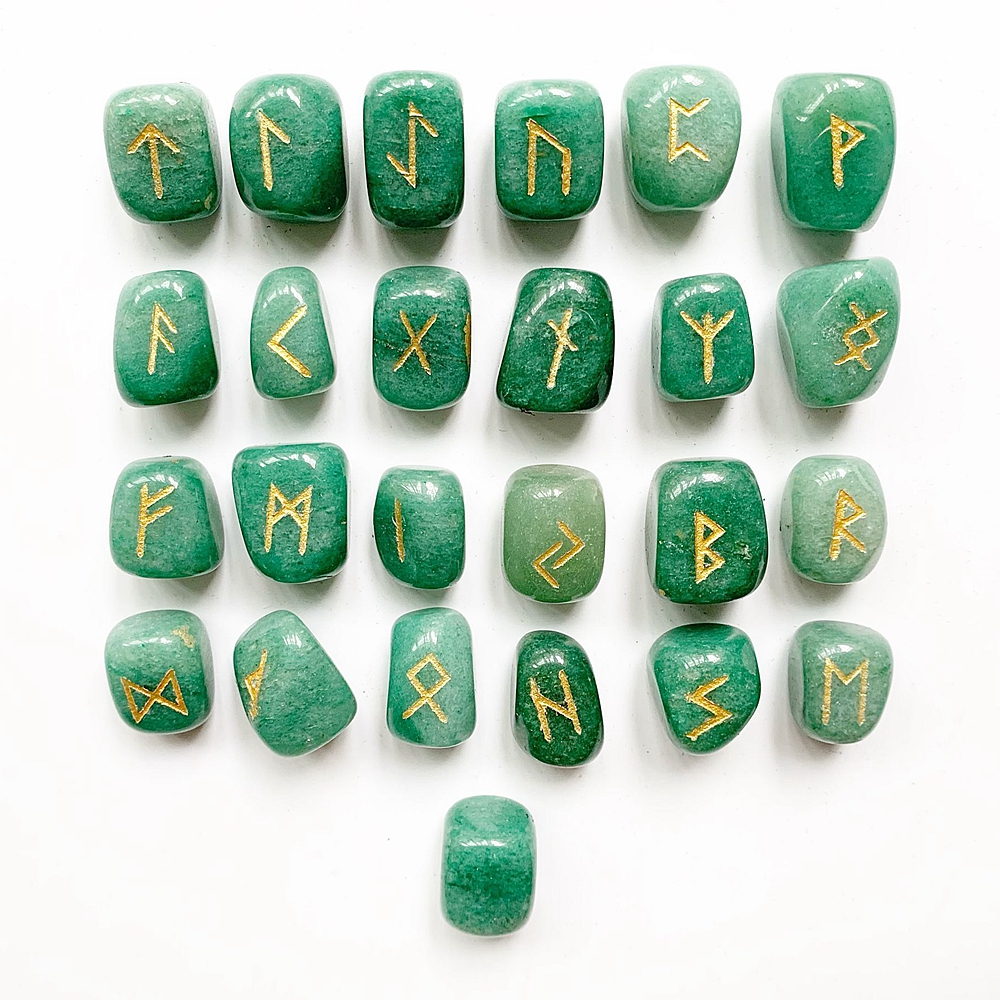 Natural Green Aventurine Crystal Rune Stones Set Tumble Stones Polished Nordic Viking Runes Amulet Divination Crafts 25pcs