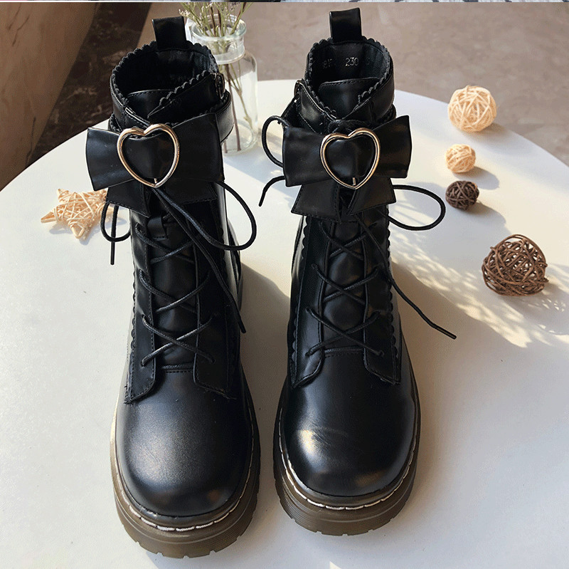 Harajuku Sweet Lolita Shoes Vintage Round Head Plus Cashmere Women Martin Boots Cute Bowknot Lacing Kawaii Shoes Loli Cosplay