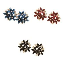 2019 Simple Sweet Little Flower Crystal Rhinestone Earring Lady Fresh Temperament Charm