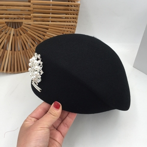 Image 4 - Japanese Korean version of autumn and winter new black wool beret painter hat pearl bright diamond lady stewardess hat female
