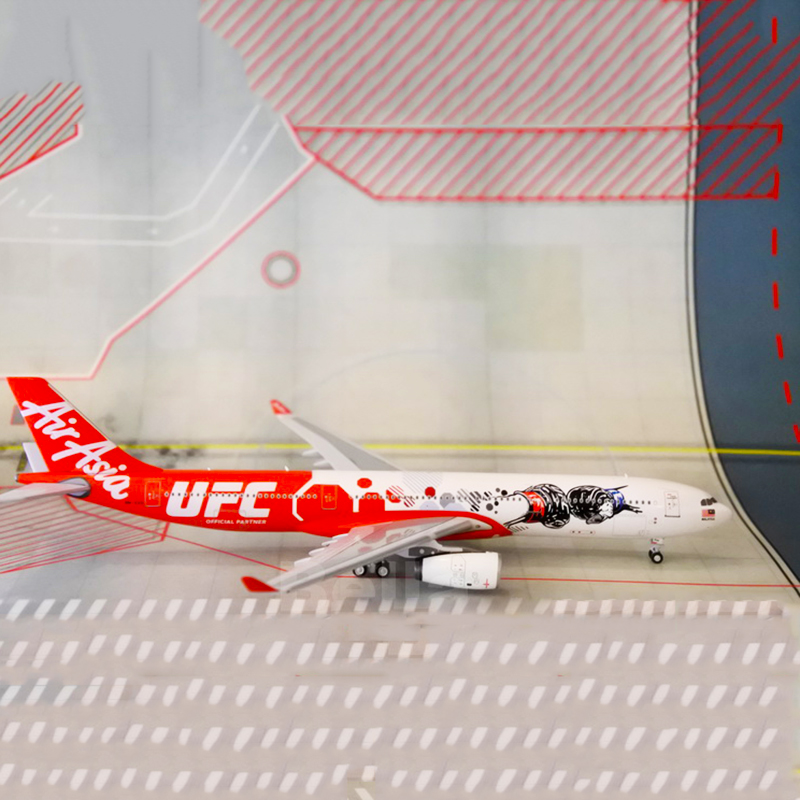 1:400 AirAsia A330-300 Fighting Championship Alloy Diecast Aircraft Model Plane Toy Airplane Collectible Artwork As child Gifts image