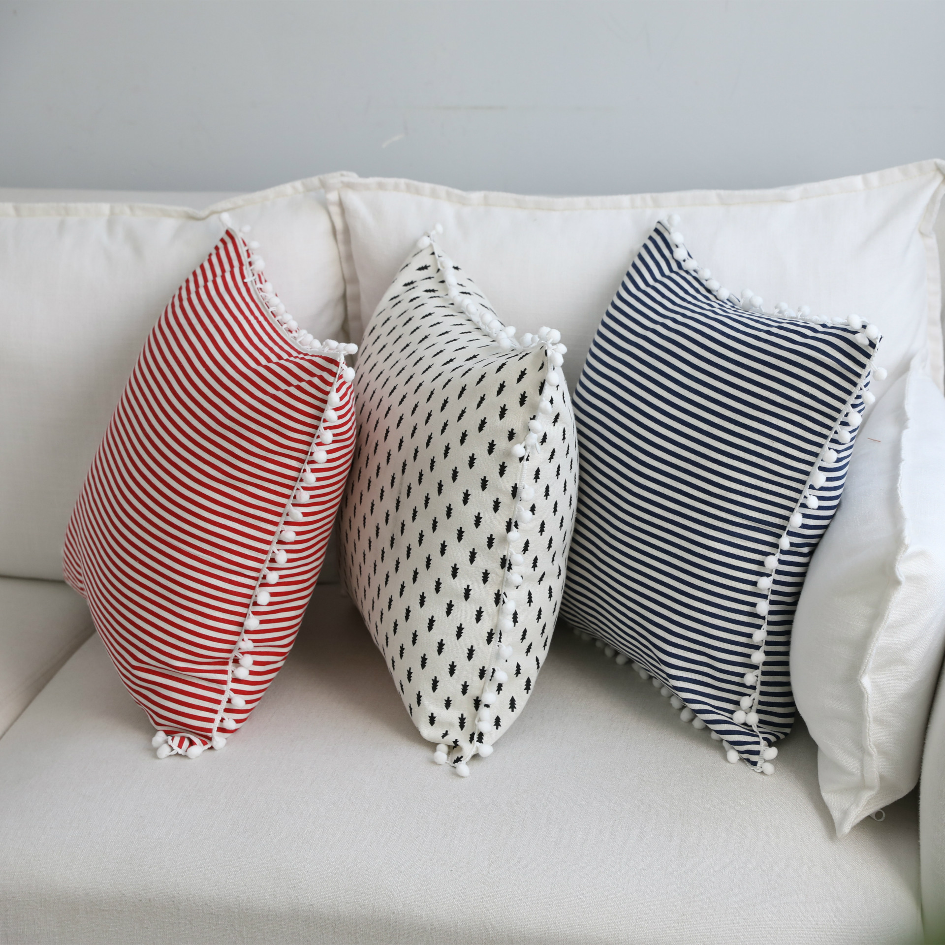 Home Simple Decorative Pillowcases Sweet Style Pom Tassel Dot Pillow Cases Cotton Linen Cover Home Party Hotel Textile 45cm*45cm