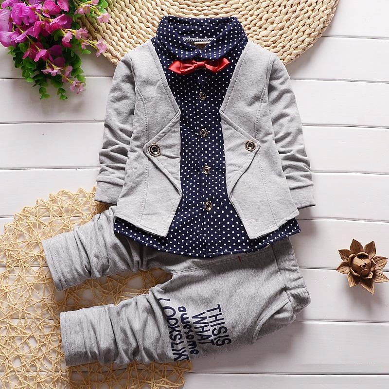 2017 Boys Spring Two Fake Clothing Sets Kids Boys Button Letter Bow Suit Sets Children Jacket + Pants 2 pcs Clothing Set Baby 2