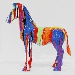 Semplice e Moderno Cavallo di Arte Scultura Pittura Piccola Zebra Statua Creativo Mestiere Della Resina Decorazioni Per La Casa R3502
