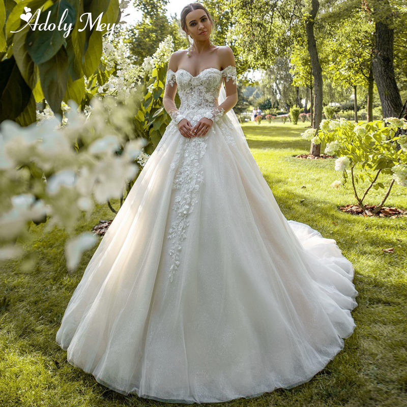 Charming Sweetheart Neck Full Sleeve Bride A-Line Wedding Dress 2020 Luxury Beaded Appliques Court Train Princess Wedding Gowns