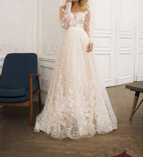 Scoop Scatted Lace Long Sleeves Champagne Wedding Dress Open Back Tulle Applique Fashion Bridal Dress vestidos noiva 2