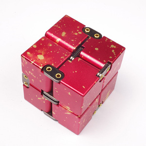 Image 2 - عالية الجودة المعدنية المكعبات اللانهائية إصبع EDC القلق الإجهاد الإغاثة المكعب السحري كتل الأطفال أطفال ألعاب مضحكة أفضل الهدايا