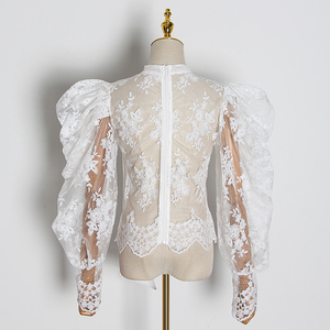 Image 2 - TWOTWINSTYLE التطريز الدانتيل women البلوزات القوس طوق فانوس كم طويل منظور قمصان الإناث 2020 ملابس عصرية المد