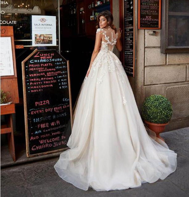 SoDigne Tulle A Line Wedding Dresses Short Sleeves Lace Appliqued Princess Ruffles Wedding Gown 2021 African Bridal Dress 3