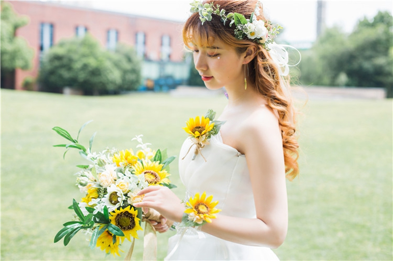 Купить с кэшбэком Wedding Flowers Bride Bouquet Artificial  Wedding Bouquets De Mariage Sunflower Wedding photography prop