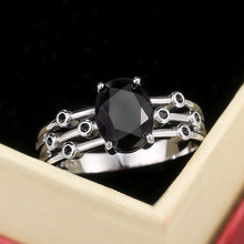 Huitan Punk Black Oval Stone Women Rings Cool Personality Three Row Band Dancing Party Fashion Accessories Anniversary Girl Gift