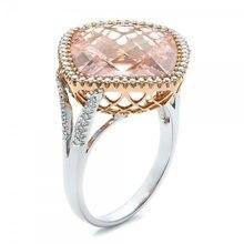 Женские обручальные кольца цвета шампанского с квадратным камнем