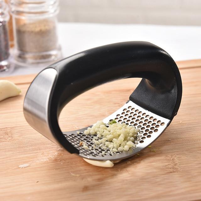 Multifuncional aço inoxidável imprensa de alho moagem ralador esmagamento ferramenta presser curvo alho moagem slicer chopper cozinha ferramenta 3