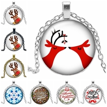 2020 New Christmas Merry Christmas Deer Necklace Jewelry Pendant Crystal Convex Round Glass Necklace Children's Gift merry christmas reindeer olive branch print round beach throw