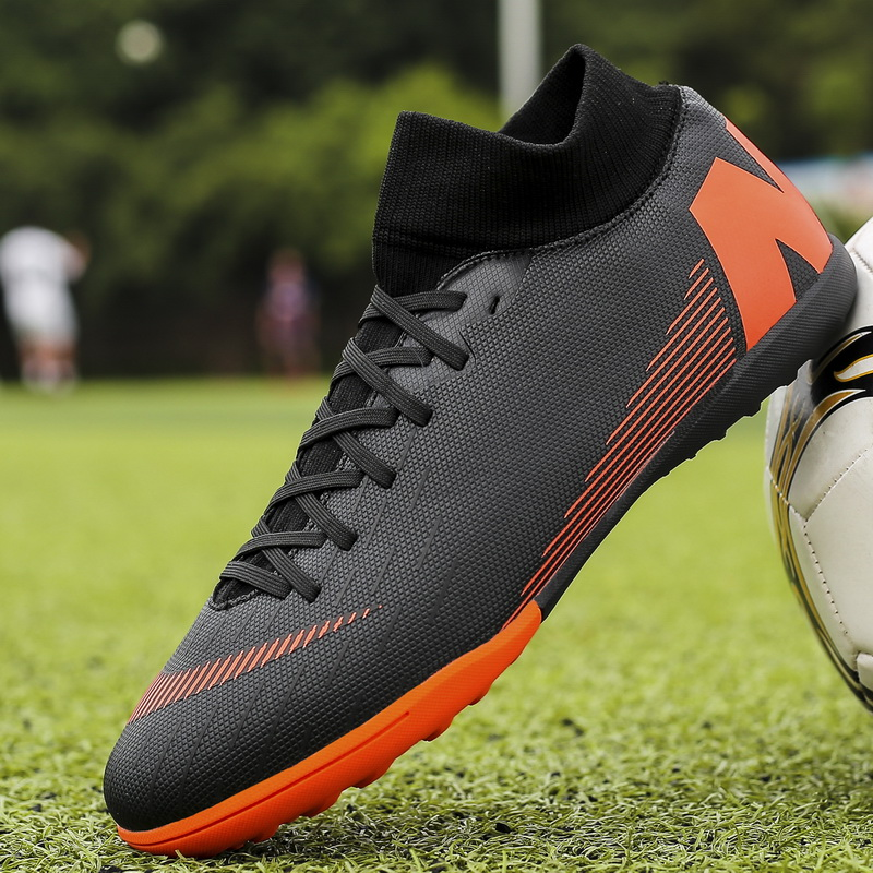 Professional Futsal Soccer Shoes For Men Turf Lawn Trainers Outdoor Unisex Sport Cleasts Football Shoes Training Men Sneakers
