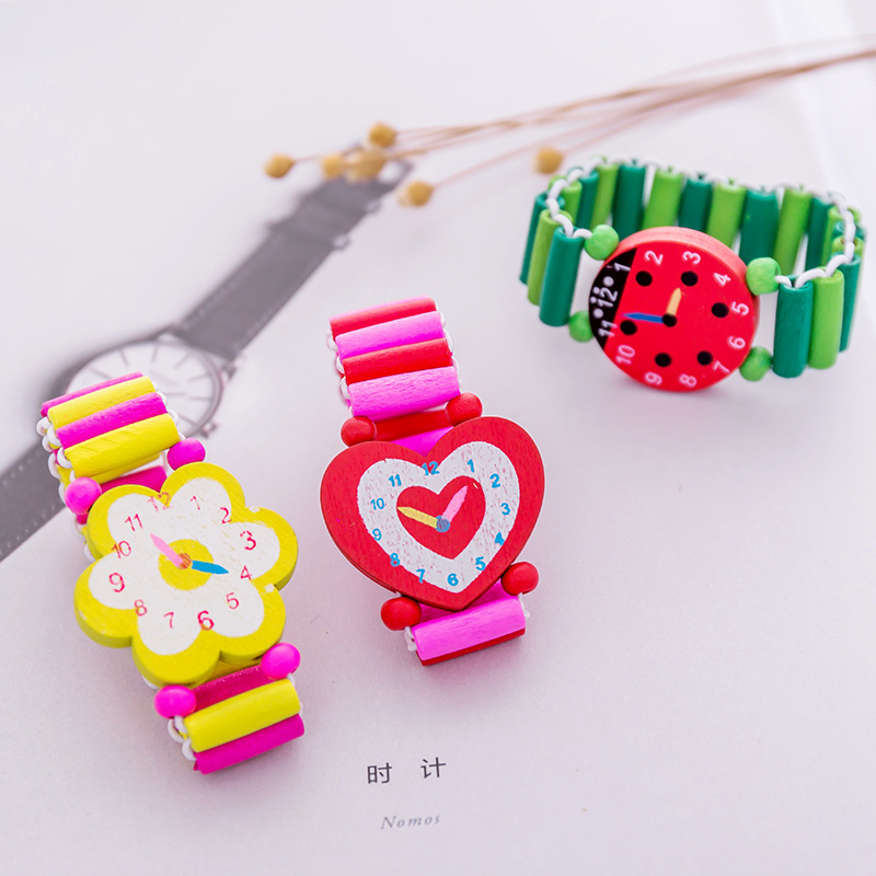 Kids Baby Cartoon Wooden Crafts Wristwatches Bracelet Watch Toy Children Student Xmas Toys Gift Random Style Color